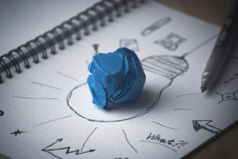 Brainstorming zu dem Thema Keyword finden.